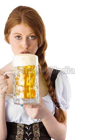 oktoberfest maedchen trinken krug bier