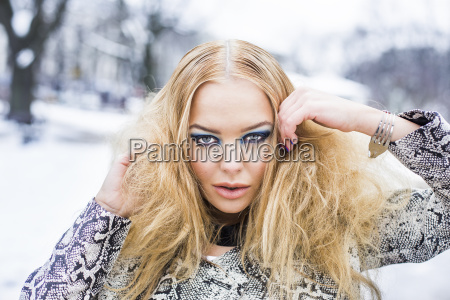 beauty girl fashion shot outside