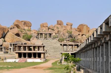 ruinen der alten hinduistischen zivilisation hampi