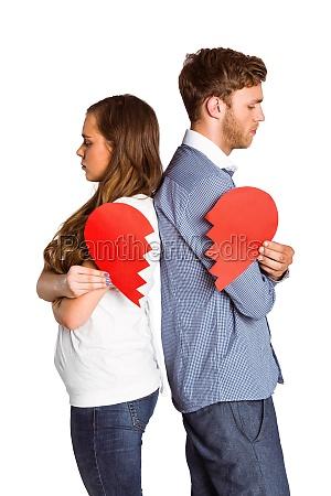 seitenansicht des jungen paar das herz