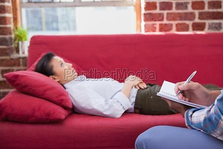 depressiven patienten die auf couch