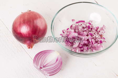 red edible onion whole and in