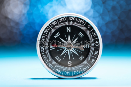 metall kompass
