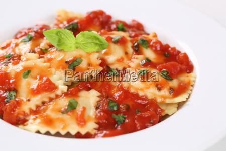 italian noodle ravioli with tomato sauce