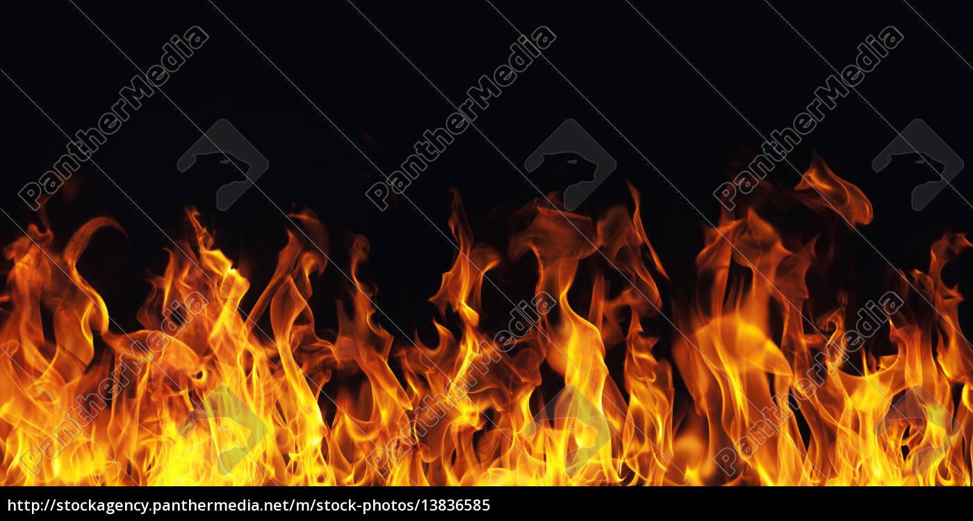 brennen feuer flamme auf schwarzem hintergrund stockfoto 13836585 bildagentur panthermedia. Black Bedroom Furniture Sets. Home Design Ideas