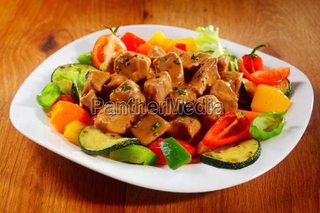 gourmet saucy meat scheiben mit gewuerzen