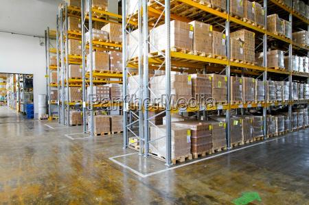 logistik depot lagerhaus lagerung einlagerung speicherung