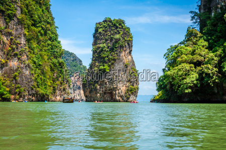 schoene landschaft von phang nga nationalpark