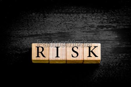 riesgo de la palabra aislada sobre