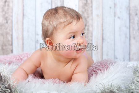 glueckliches baby