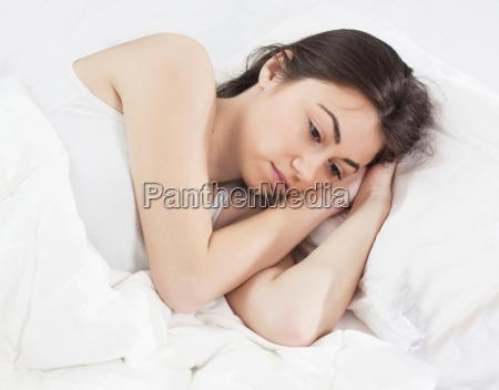 schlaflos insomnia junge frau