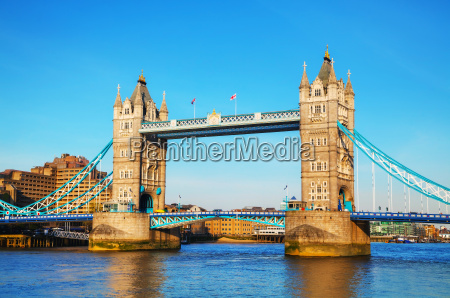 tower bridge in london grossbritannien