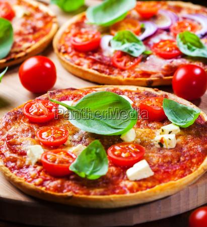 traditionelle hausgemachte pizza
