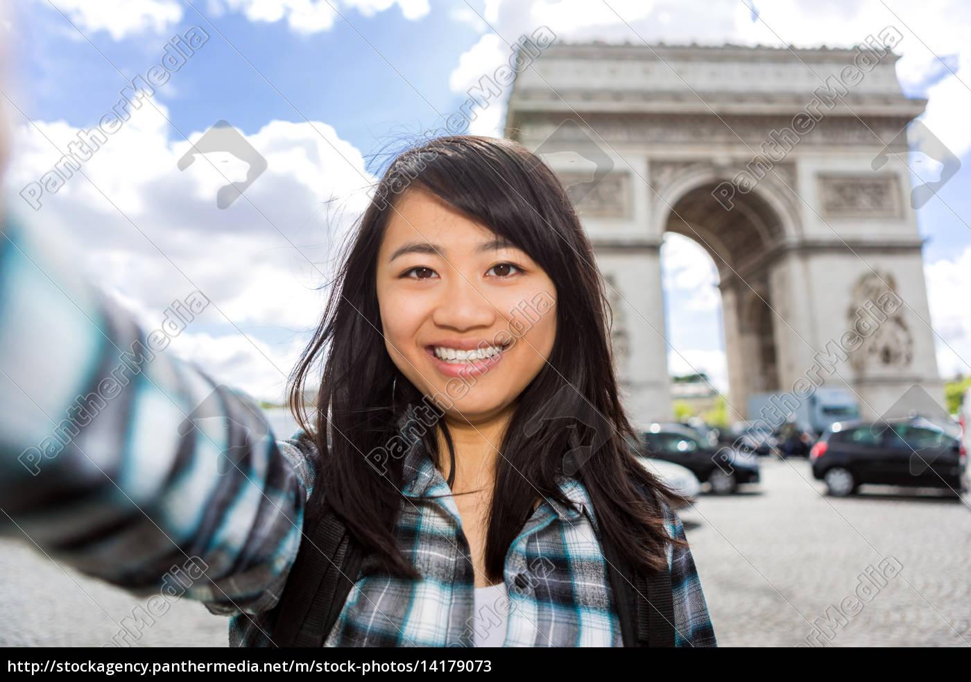junge, attraktive, asiatische, touristen, in, paris - 14179073