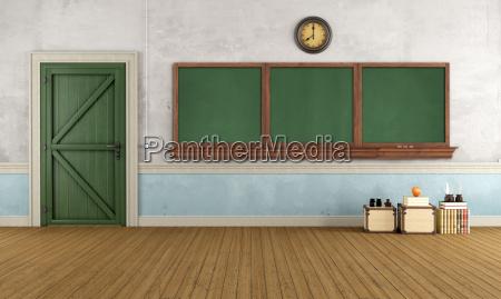 leere retro klassenzimmer
