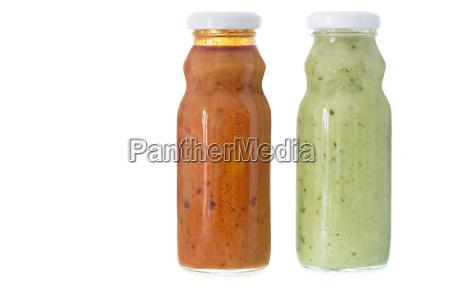 mojo verde kanarische sauce in flaschen