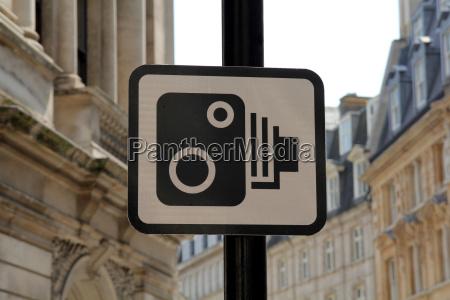 verkehrszeichen radarkontrolle in london
