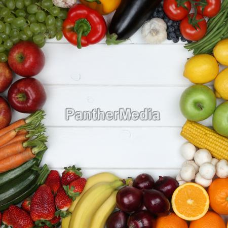 vegetarisch und vegan essen rahmen aus gem se und lizenzfreies bild 14260357 bildagentur. Black Bedroom Furniture Sets. Home Design Ideas
