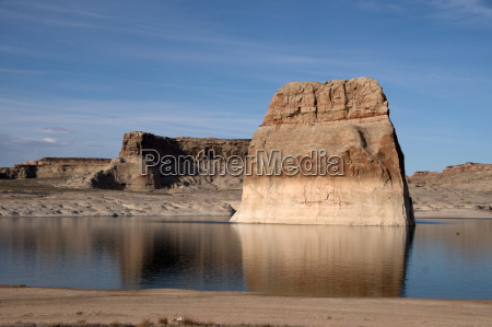 lone rock lake powell arizona usa
