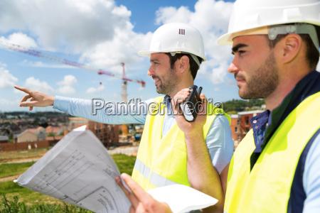 arbeiter und architekt einige details auf