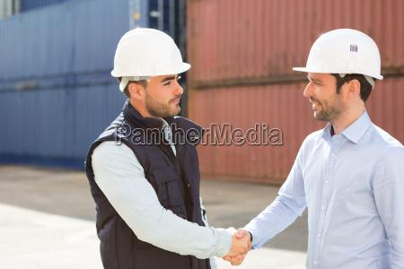 docker und handshaking supervisor an containern
