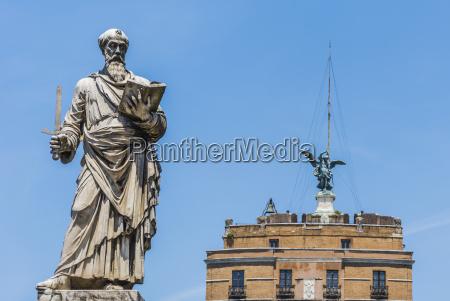 st paul statue in rom