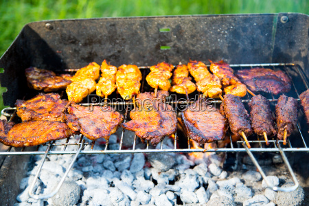 grilling of various meat varieties in