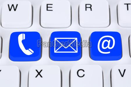 kommunikation kontakt mit telefon brief oder