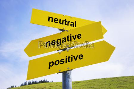 positiv negativ neutral pfeil zeichen