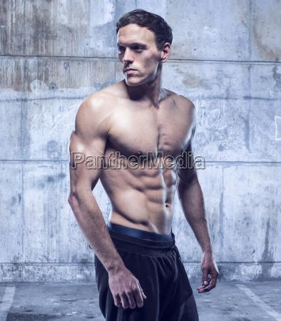 fitness maennliche modell in der alten