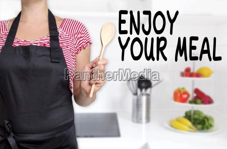 enjoy your meal koch haelt kochloeffel