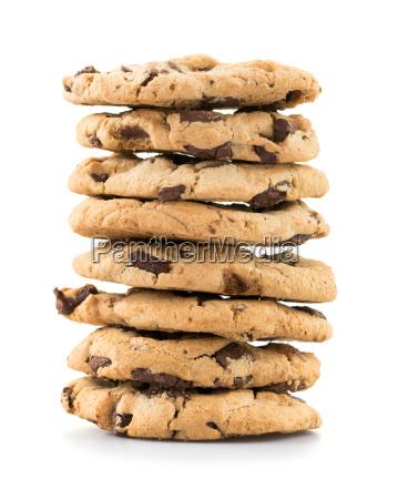 chocolate chip cookies auf weissem hintergrund