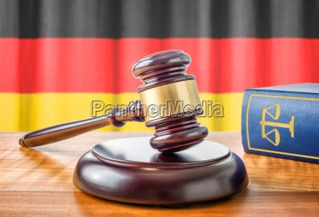 richterhammer, und, gesetzbuch, -, deutschland - 14418381