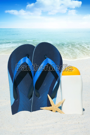 flip flops sunmilk and starfish on