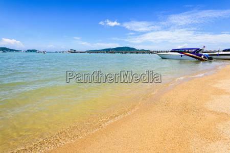 strand hafen in ao chalong bay