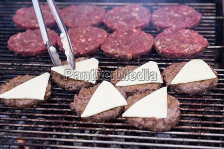 hot grill burger schnitzel grill auf