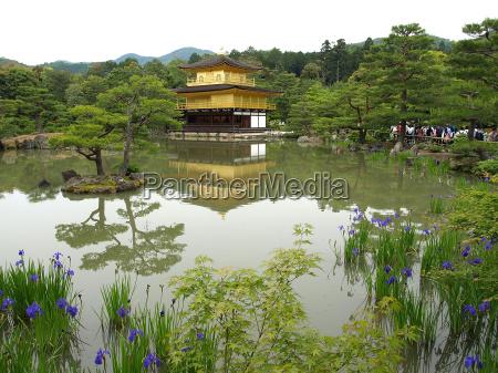 goldener tempel kyoto japan