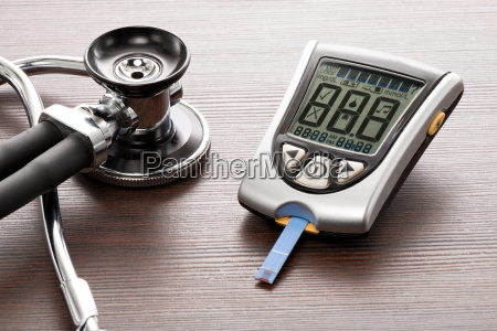 blood glucose meter to check the
