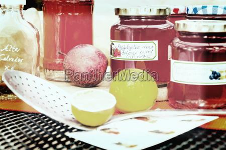 harvest time homemade apple jelly