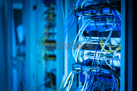 netzwerk hub kabel lan close up