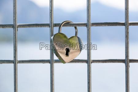 heart shaped liebe vorhaengeschloss