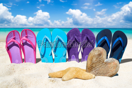 flip flops in a row and
