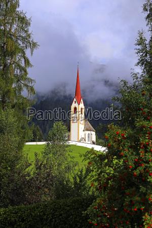 kirche zum heiligen nikolaus in winnebach