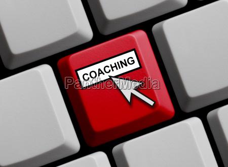 tastatur mit mauspfeil zeigt coaching