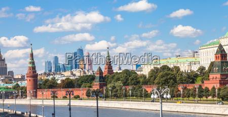 panorama af moskva centrum med kreml
