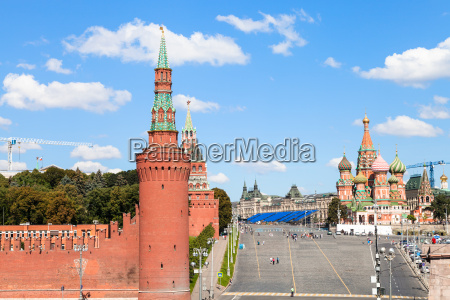 vasilevsky descent walls and towers in