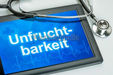 tablet mit der diagnose unfruchtbarkeit auf
