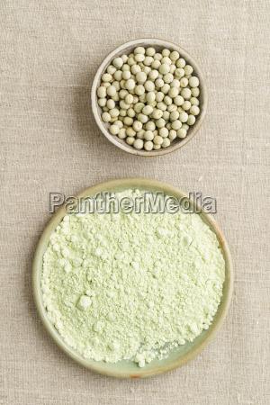 green peas and pea flour