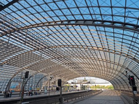 hauptbahnhof in berlin