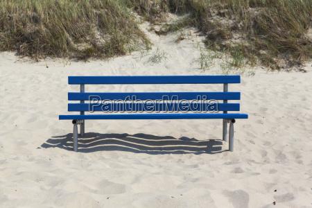 blau strand kueste sitz sitzplatz sitzgelegenheit